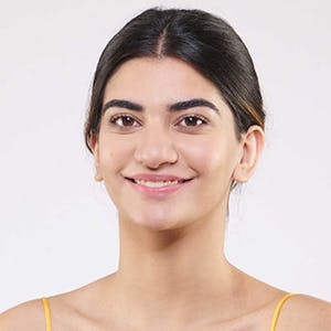 Mamaearth Ubtan Day Cream for Brightens Skin
